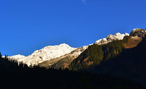 Fotobanka sbezplatnými fotkami na tému ľad, modrá obloha, mountan, zelená