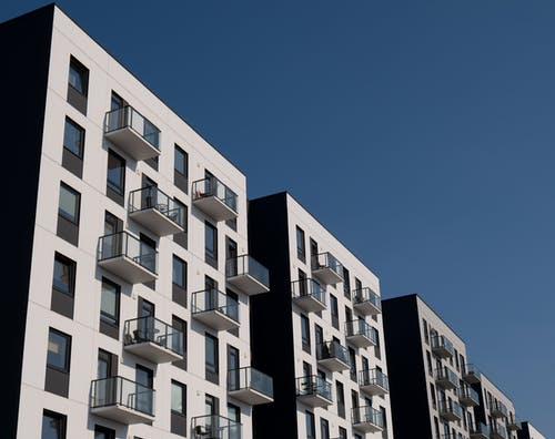 Free stock photo of apartment building, apartments, balconies, buildings