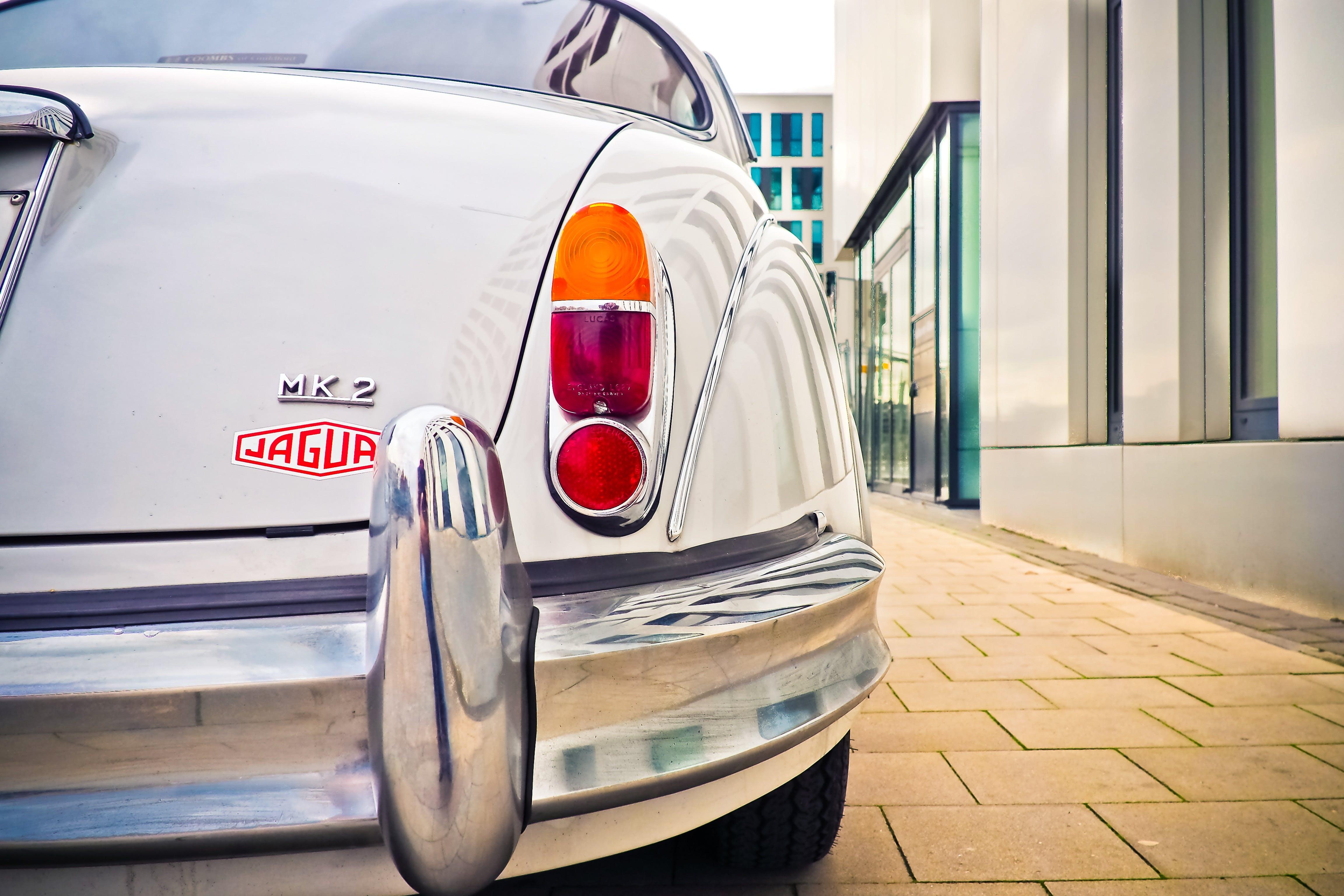 White Jaguar Mk2 Care