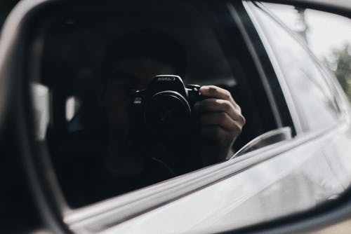 Free stock photo of boy, camera, car, car mirror