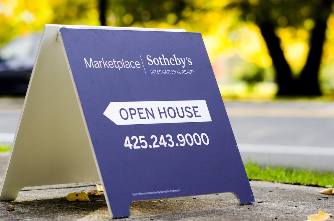 Marketplace Sotheby's Signage