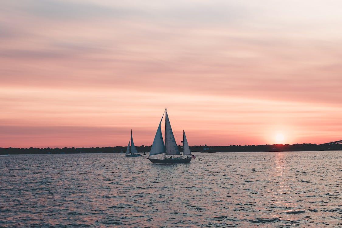 alba, barques, capvespre