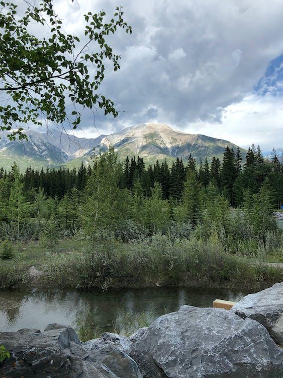 加拿大, 地盤岩, 坎莫尔