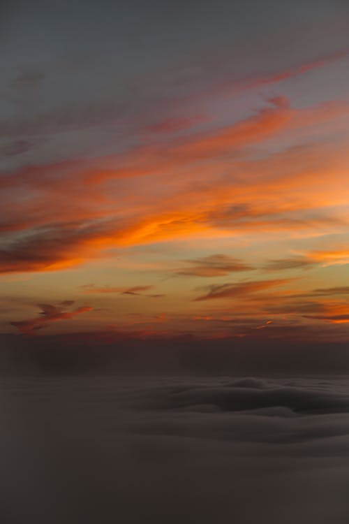 Gratis arkivbilde med aftenrøde, atmosfære, daggry, dramatisk