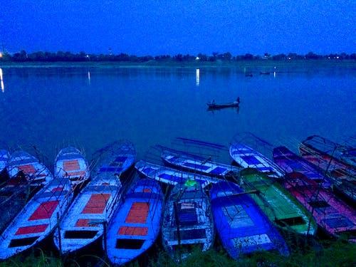 Kostenloses Stock Foto zu blau, boot, fluss, natur