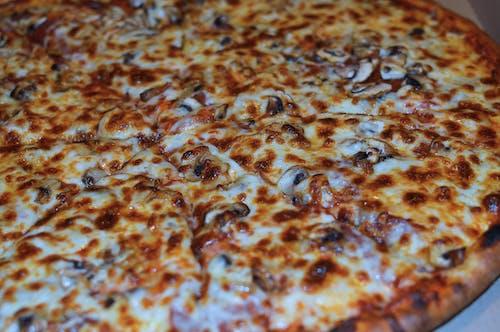 Gratis arkivbilde med mat, nærbilde, ost, pizza