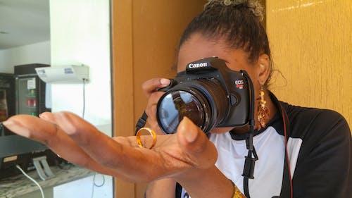Gratis arkivbilde med fokus, fokusert, foto, fotograf