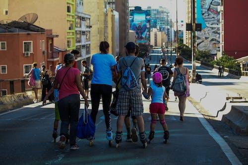Gratis stockfoto met Brazilië, familie, plaats, rolschaatsen