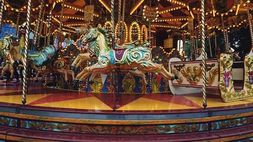 Gratis stockfoto met carrousel, entertainment, familie, kermis