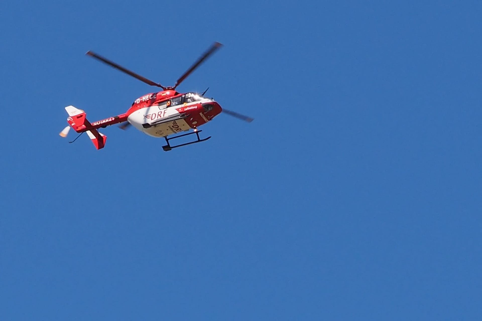 Free stock photo of helicopter, rescue helicopter, air rescue, doctor on call