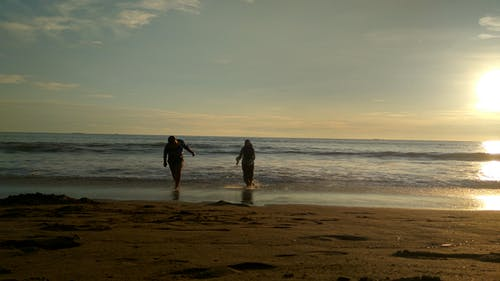 Free stock photo of boy and girl, fun run, Love Sunset