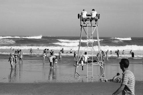 Fotobanka sbezplatnými fotkami na tému kývať, oceánske pobrežie, pláž