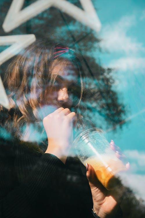 Základová fotografie zdarma na téma džus, koktejl, les, lidé