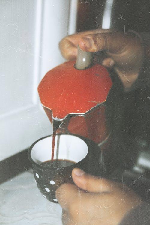 Foto profissional grátis de antigo, café, café preto, clássico
