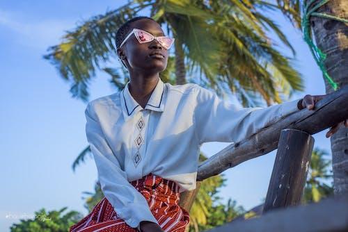 Δωρεάν στοκ φωτογραφιών με chaucharanje μάρκα, αφρικανικός, γυαλιά, κορίτσι από την αφρική