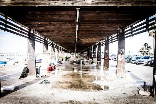 Fotobanka sbezplatnými fotkami na tému opustená budova, opustený, rybí trh, štýl ulice