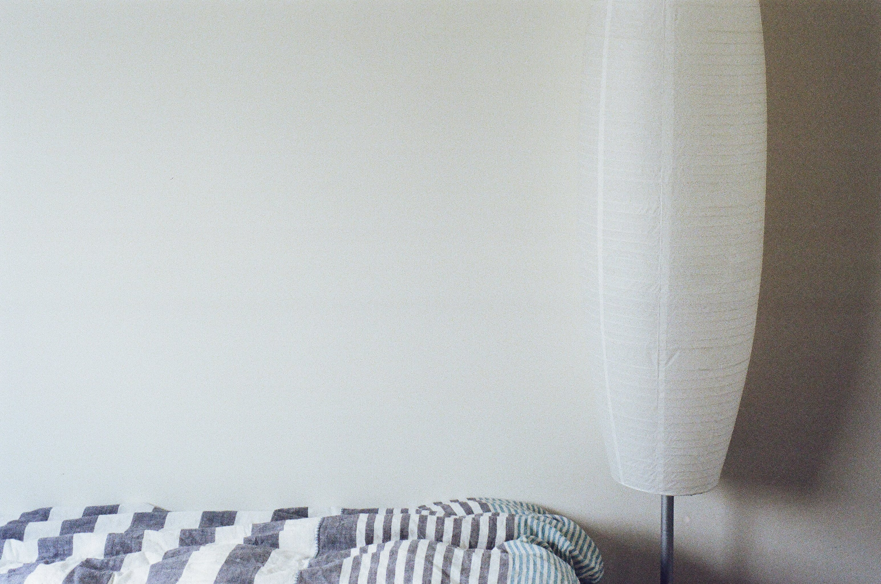 Free stock photo of bed, lamp, room