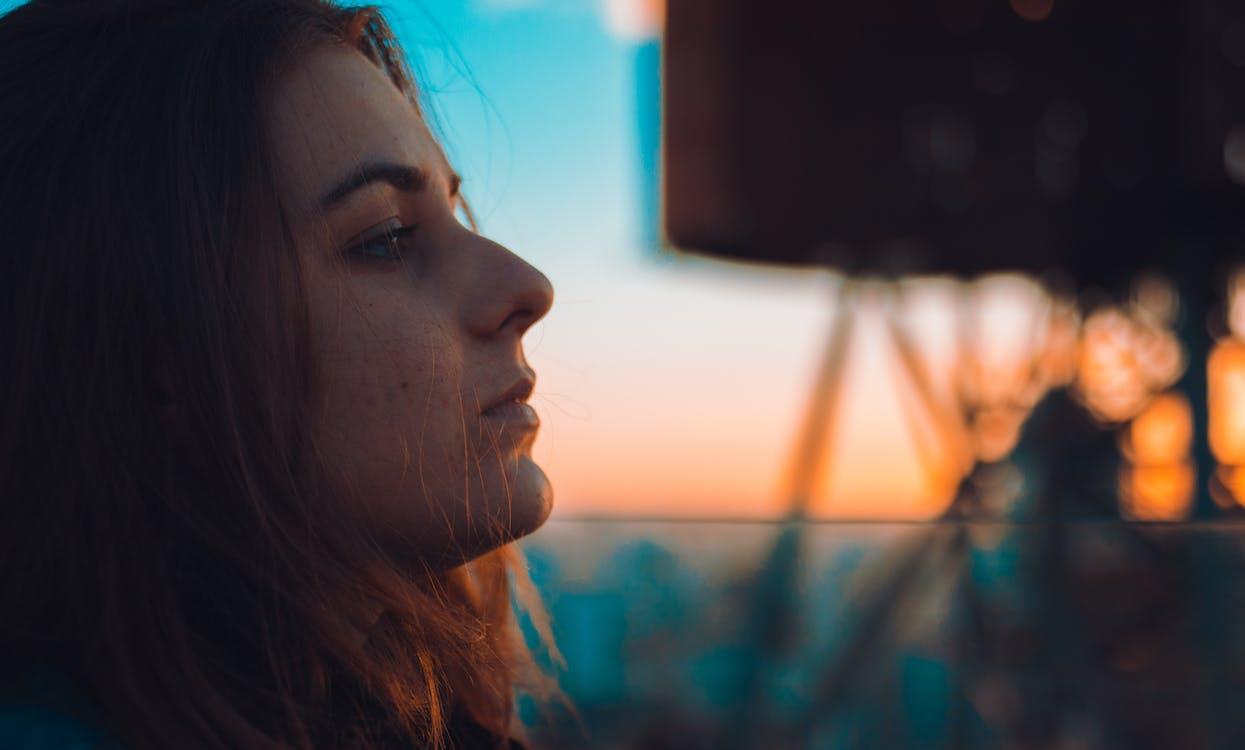 auringonlasku, katseleminen, naine