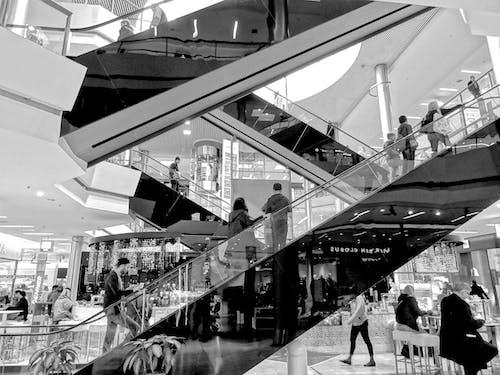 人, 地板, 建築, 建造 的 免费素材照片
