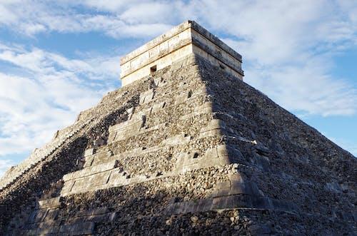 Darmowe zdjęcie z galerii z chichén itzã¡, el castillo, maya, mayan