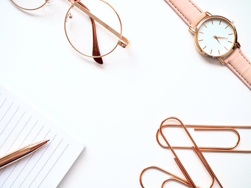 Photos gratuites de flatlay, montre, or rose, regarder