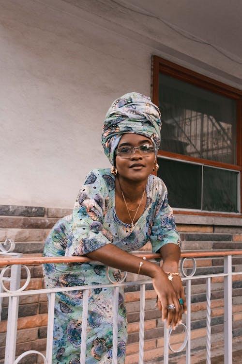Бесплатное стоковое фото с афро-американка, выражение лица, девочка, девушка