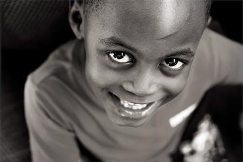 Immagine gratuita di felicità, gioioso, occhi bellissimi, occhi vivaci