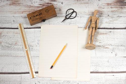 คลังภาพถ่ายฟรี ของ ดินสอ, ทำด้วยไม้, ว่างเปล่า, โต๊ะทำงาน