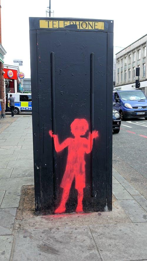 Gratis stockfoto met cartoon, jongen, rood, telefooncel