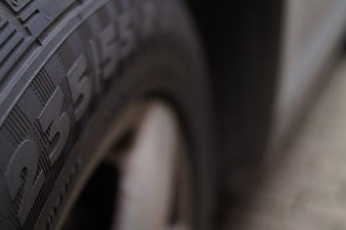 Foto profissional grátis de pneu