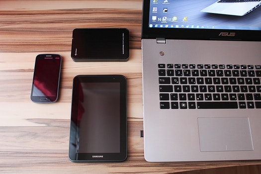 Free stock photo of smartphone, desk, laptop, office