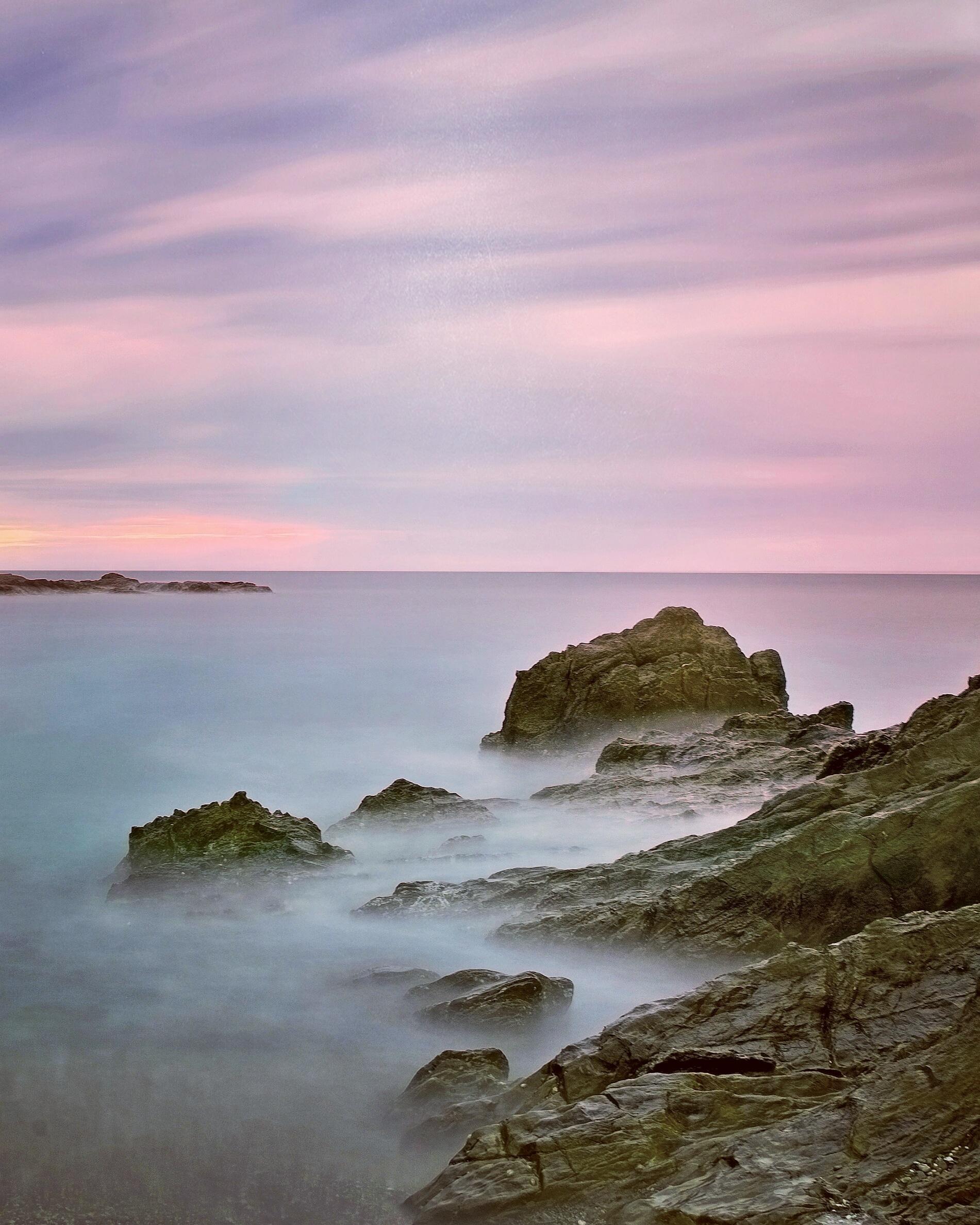 Long-Exposure Photography of Purple Sky