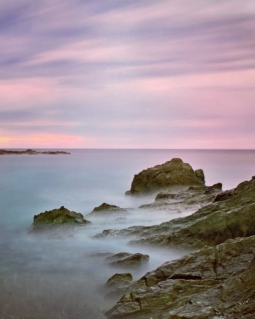 akşam karanlığı, deniz, deniz manzarası, doğa içeren Ücretsiz stok fotoğraf