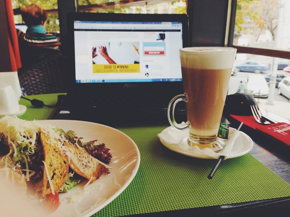 bar cafe, blur, bread