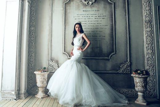 1000+ Interesting Wedding Dress Photos · Pexels · Free Stock Photos