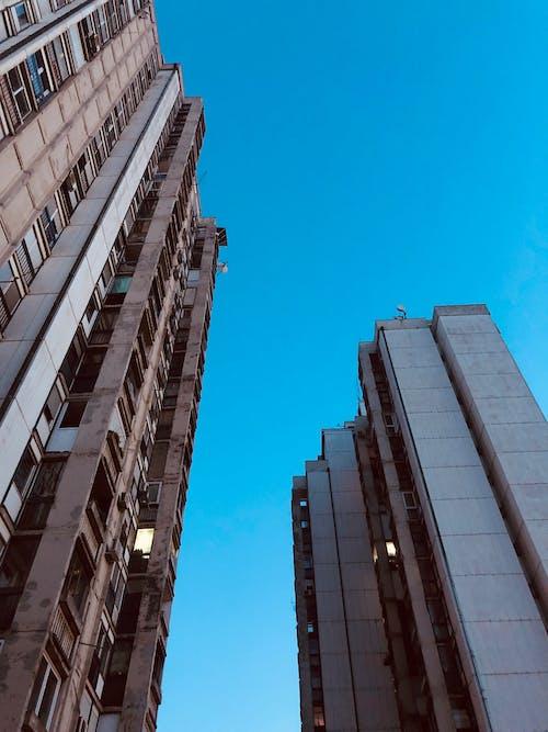 Gratis arkivbilde med bygning, himmel, minimal