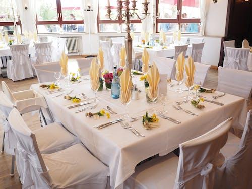 Kostnadsfri bild av bord, bordsduk, bröllop, catering