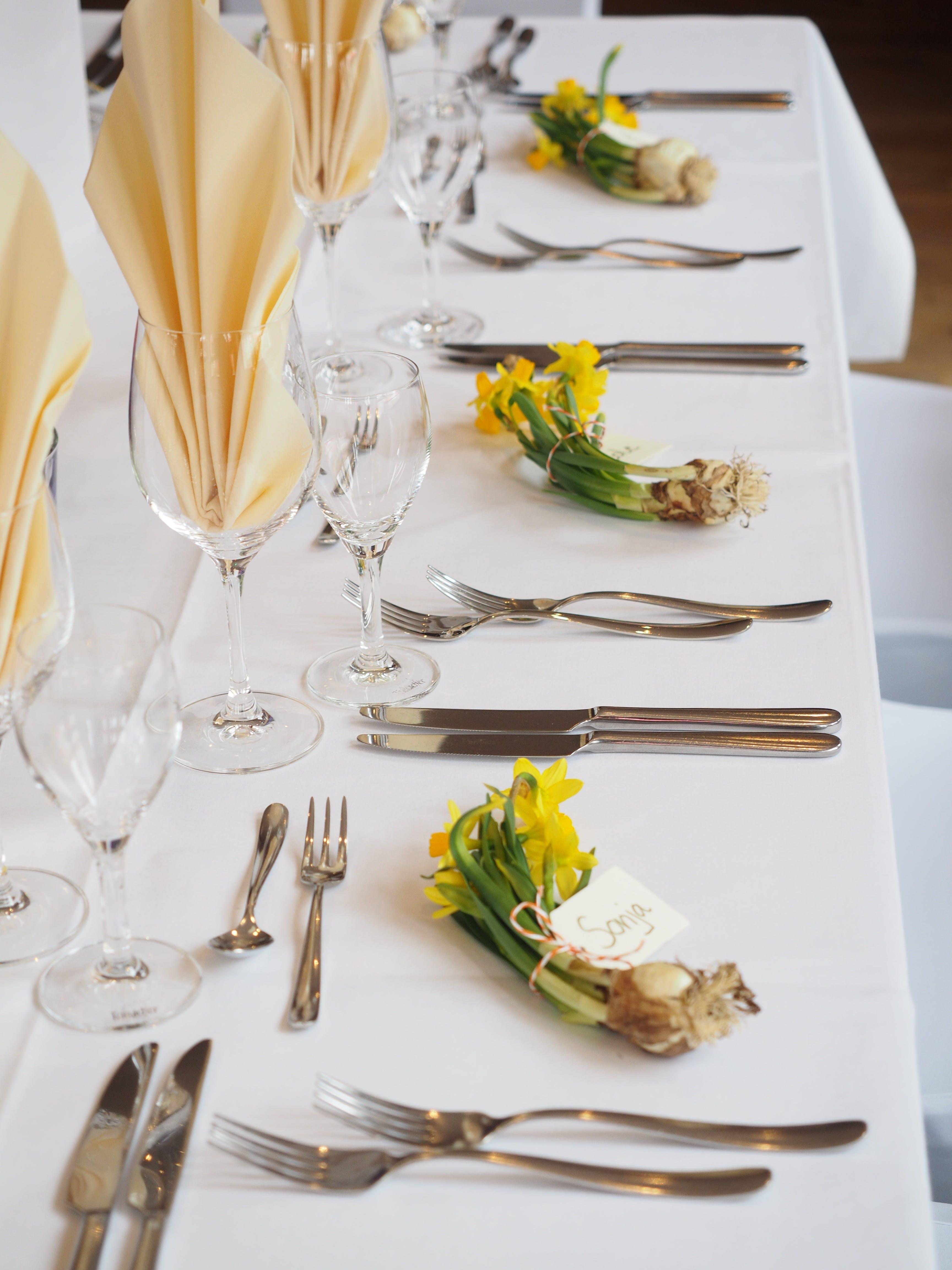 Gratis arkivbilde med blomster, bordoppsett, bryllup, catering