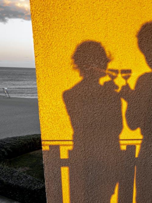 Fotos de stock gratuitas de amarillo, brindis, fotografía de retrato, Francia