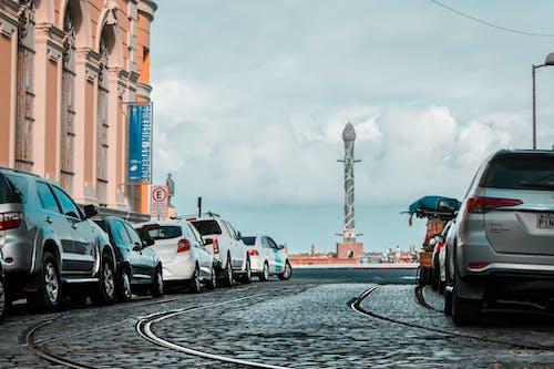 Δωρεάν στοκ φωτογραφιών με αυτοκίνητα, διαδρομή, δρόμος, ορίζοντας