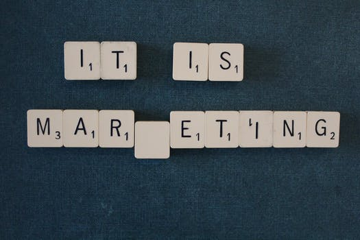 2 Ways B2B and B2C Marketers Undermine Their Own Content Success