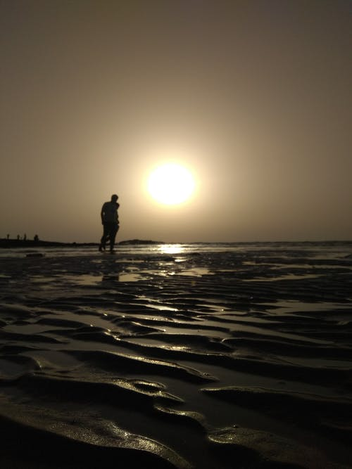 Бесплатное стоковое фото с вечер, вода, горизонт, грязный