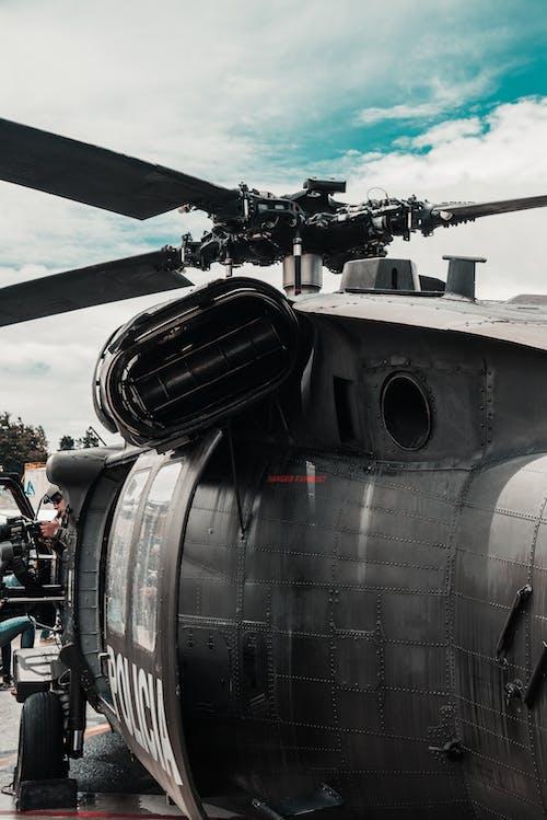 Безкоштовне стокове фото на тему «війна, військовий, гелікоптер»