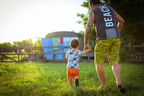 Fotos de stock gratuitas de abuelo, día del padre, infancia, niño