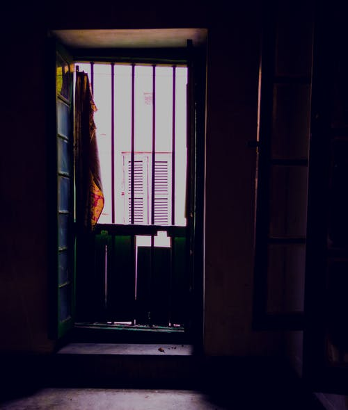 Fotobanka sbezplatnými fotkami na tému ľahký, okno, tieň