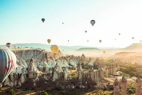 Foto d'estoc gratuïta de a l'aire lliure, aeronaus, aire, assolellat