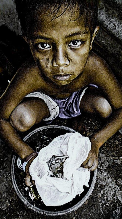 Foto profissional grátis de fotografia de retrato, o menino do limpador, retrato