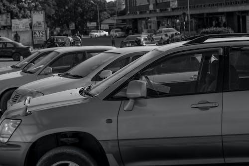 Δωρεάν στοκ φωτογραφιών με ασπρόμαυρο, αυτοκίνητα
