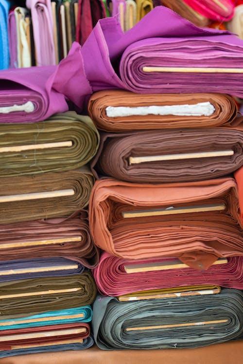Gratis arkivbilde med klærhylle, stoff, tekstil, tekstiler