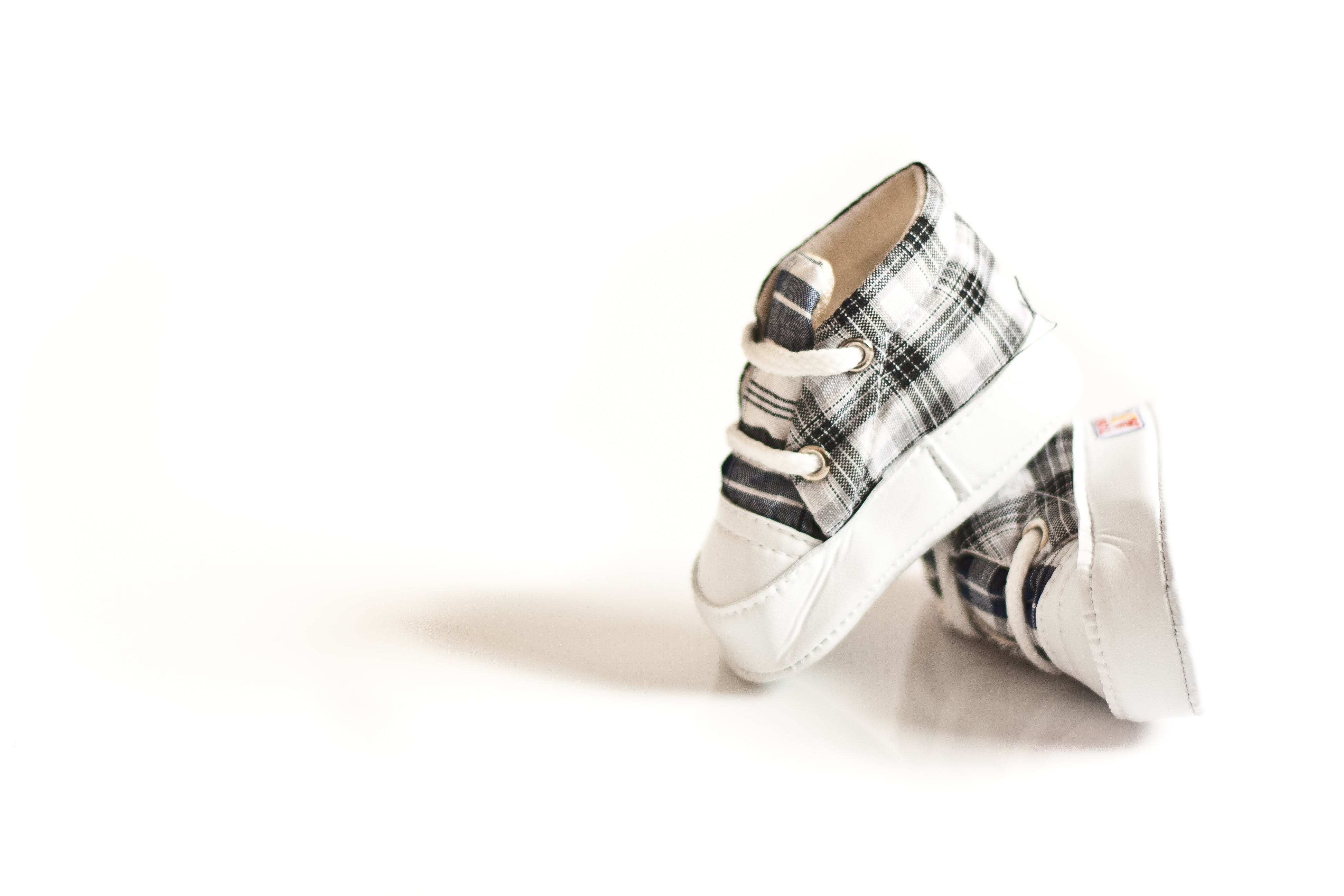 Pair of Toddler's White-and-gray Shoes